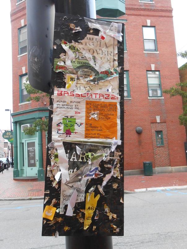 Lampost in Portland, (c) Daryl-Ann Dartt Hurst