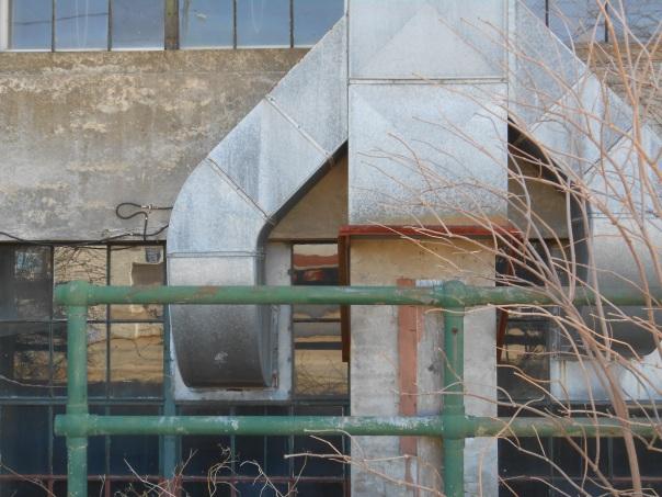 Sanford Mill venting, (c) Daryl-Ann Dartt Hurst